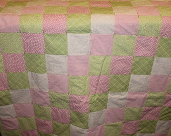 Lime Green Sweetheart Quilt