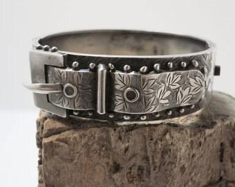 victorian buckle style silver bracelet
