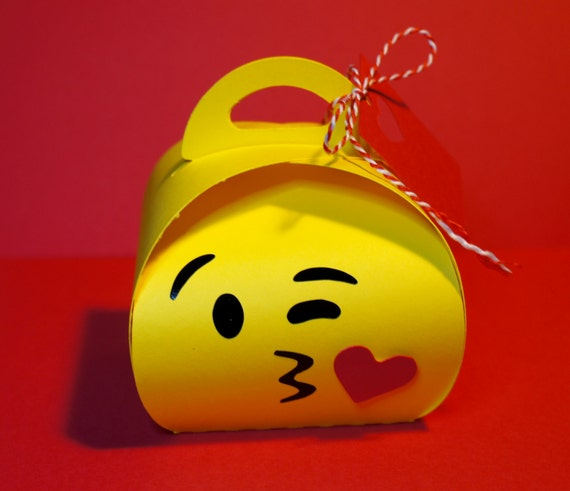 Adorable Emoji Party Favor Box