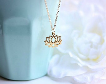 Gold Lotus Necklace - Lotus necklace - Lotus necklace in gold filled - Lotus flower jewelry - Yoga Necklace - Yoga Jewelry