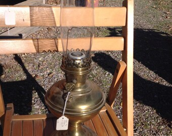 Brass Aladdin Lamp with Aladden Chimney