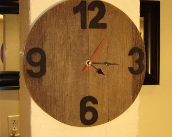 "Wall clock wood barn 34 cm (13 1/2 "") figures 7.5x5x.3 cm-reclaimed barn wood wall clock"