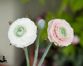 Porcelain clay ranunculus bouquet. Polymer clay. ranunculus arrangement. Cold porcelain ranunculus.