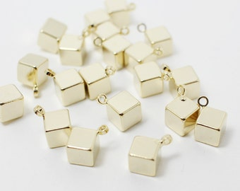 P0373/Anti-Tarnished Gold Plating Over Brass/Solid Cube Pendant/5mm/4pcs