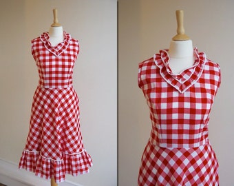 1970s Red and White Gingham Ruffle Dress * Size Medium