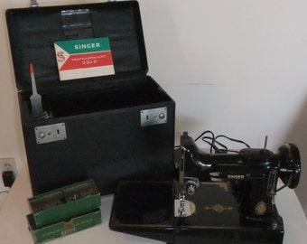 Singer Featherweight 221K Sewing Machine Vintage