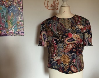 Paisley Print Cropped Top