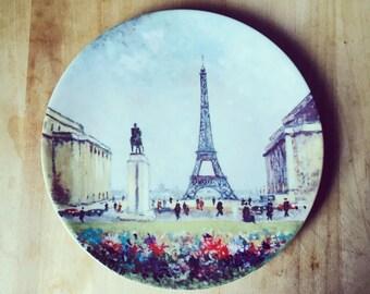 """LA TOUR EIFFEL Vintage Limited Edition """"Sights of Paris"""" Plate by Louis Dali"""