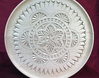14001 Chip Carved Plate