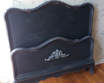 SOLD!-Twin Bed,Bed,Headboard,Upcycled Furniture,Painted Furniture,Vintage Furniture,Distressed Furniture,Repurposed Furniture,Furniture