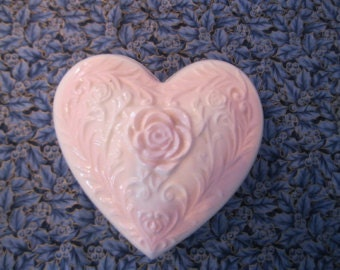 Small pale pink heart box / Small casket pale pink Heart