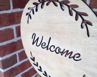 Welcome wreath plaque. Timber/Wooden plaque. Gift idea. Home decor.