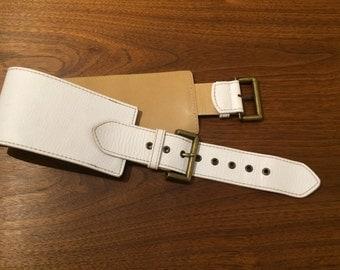 Adjustable White Leather Waist Belt - LANDES