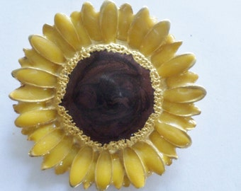 Sun Flower Gold Tone Brooch  Vintage Lazy Susan Pin Large