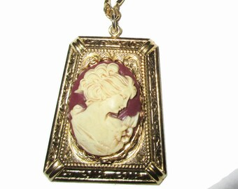 Cameo Necklace, Vintage Carved Victorian Lady Pendant, Cream Colored, , 1980s, Gold Tone