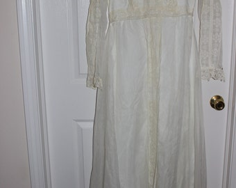 Vintage Bridal Gown with lace 1970s
