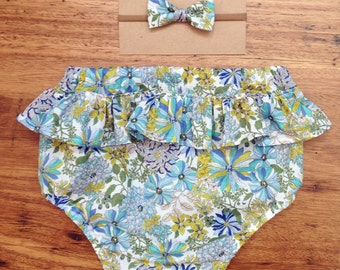 bloomer and a bow set