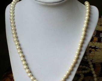 VINTAGE FAUX PEARL Necklace Extra Long Rope/Lariat Length