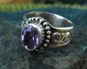 Amethyst set SUARTI ring