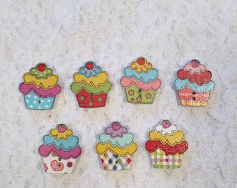 Lot of 7--Cupcake Buttons/Children's Buttons/Cupcake Buttons/Scrapbook Cupcake Embellishments/Cupcake Sewing Buttons