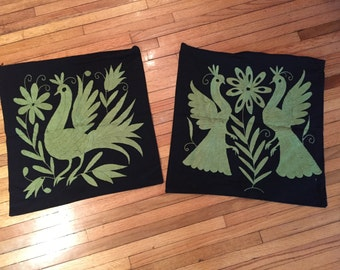 2 Pillowcases, black with hand embroidered green Otomi 52 x 52 cm