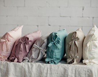 Linen pillowcases with ribbons. Bow tie linen pillow cover. Natural linen pillow case. Pillow cases with ties. Romantic pillow cases.