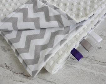 Baby Blanket - Minky Blanket - Chevron Blanket - Grey chevron baby blanket. Baby play mat. Baby pram blanket.