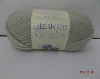 Bernat-Giggles Yarn- Bubbly Beige -100-Grams -3.5-oz- 185-yards-#4 Worsted Weight