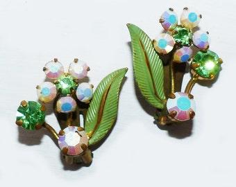 Vintage Clip Earings - 352