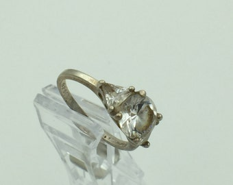Sterling Silver Crystal Solitaire Ring Size 8