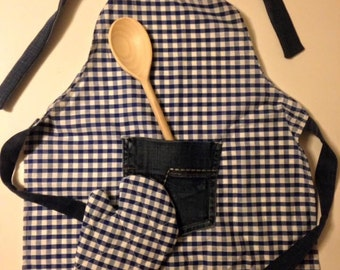 Child's Apron Set
