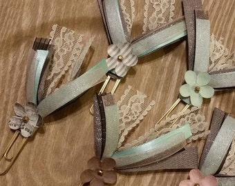 Flower & Lace Ribbon Clips