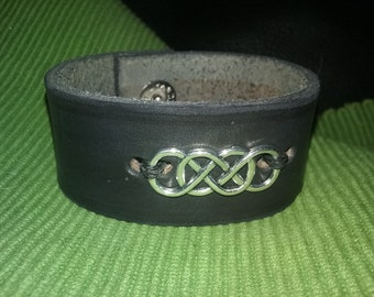 Black leather cuff bracelet double infinity
