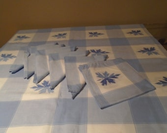 blue linen table cloth x 6 napkins