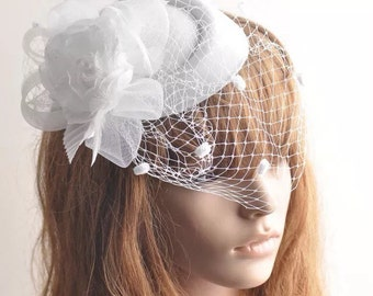 White Bridal Birdcage Veil, Pillbox Hat, Feather Fascinator, Birdcage Fascinator, Bridal Hat Fascinator with Birdcage Veil
