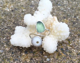 Sea Glass and Puka Shell//Sterling Silver//Adjustable Ring