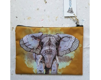 Purse with elephant