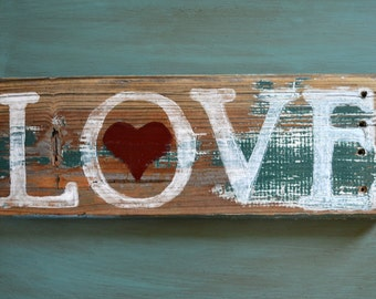 Rustic & Shabby Handpainted Fence-Wood Love Sign