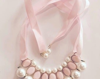 Pink pearl ribbon tie necklace