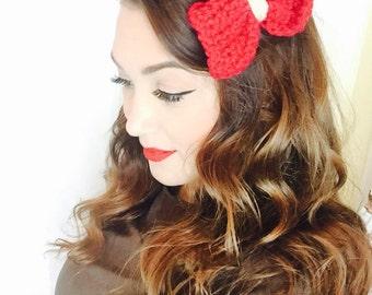Handmade crochet hair bows-clips-holidays-christmas.