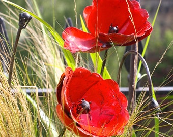 Set of Red Poppy Garden Sculptures AR023