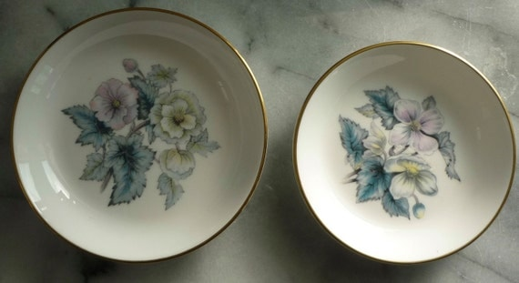 "Royal Worcester ""Woodland"" 4"" & 4.5"" Trinket or Pin Dishes, Fine Bone China, wedding gift, holds rings safely, 1 box"