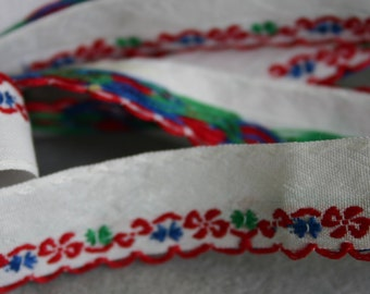 Embroidered Red Floral Ribbon Trim