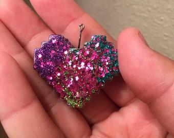 8 bit resin heart pendant