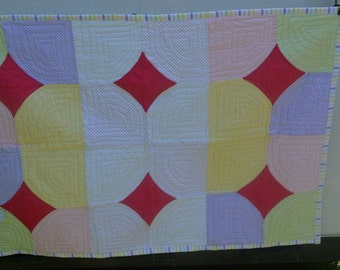 Pastel Diamond-Centered 4-Patch Quilt