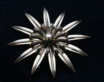 Vintage Gold Plated Sterling Silver Mid Century MCM Star Brooch