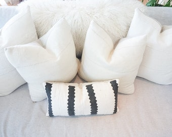 African Mud Cloth White/Cream Pillow Cover Tribal Boho with 100% Linen Backing Exposed Gold Zipper
