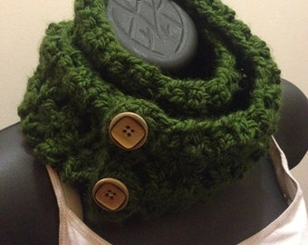 Forrest Green Buttoned Cowl