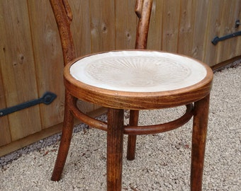 Antique Mundus and J. & J Kohn Ltd Bentwood Chair with original labels