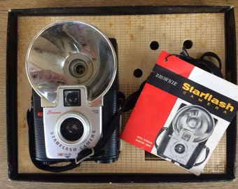 Starflash Outfit Vintage Brownie Camera with Box